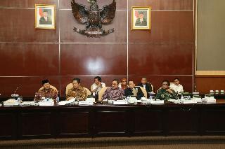 Rapat Gabungan MPR Sepakati Lima Calon Pimpinan Lembaga Pengkajian MPR