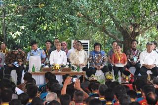 Oesman Sapta Apresiasi Program Tanah Untuk Rakyat